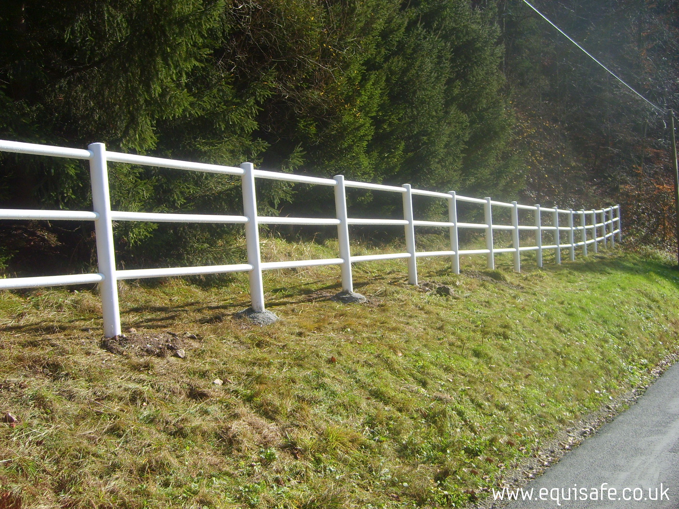 Post And 3 Rail Electric Fencing White Equisafe Fencing Uk